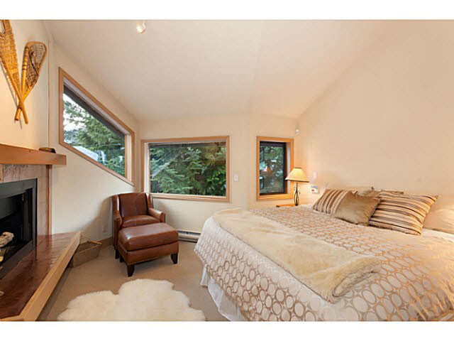 2437 LOS LENAS PLACE - Whistler Creek House/Single Family for sale, 3 Bedrooms (V1076067) #10
