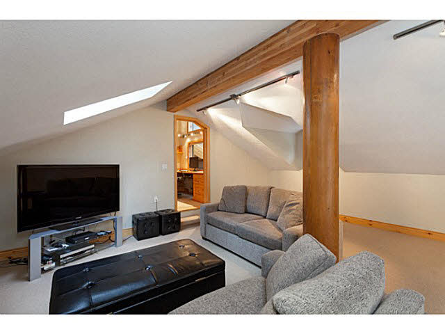 2437 LOS LENAS PLACE - Whistler Creek House/Single Family for sale, 3 Bedrooms (V1076067) #12